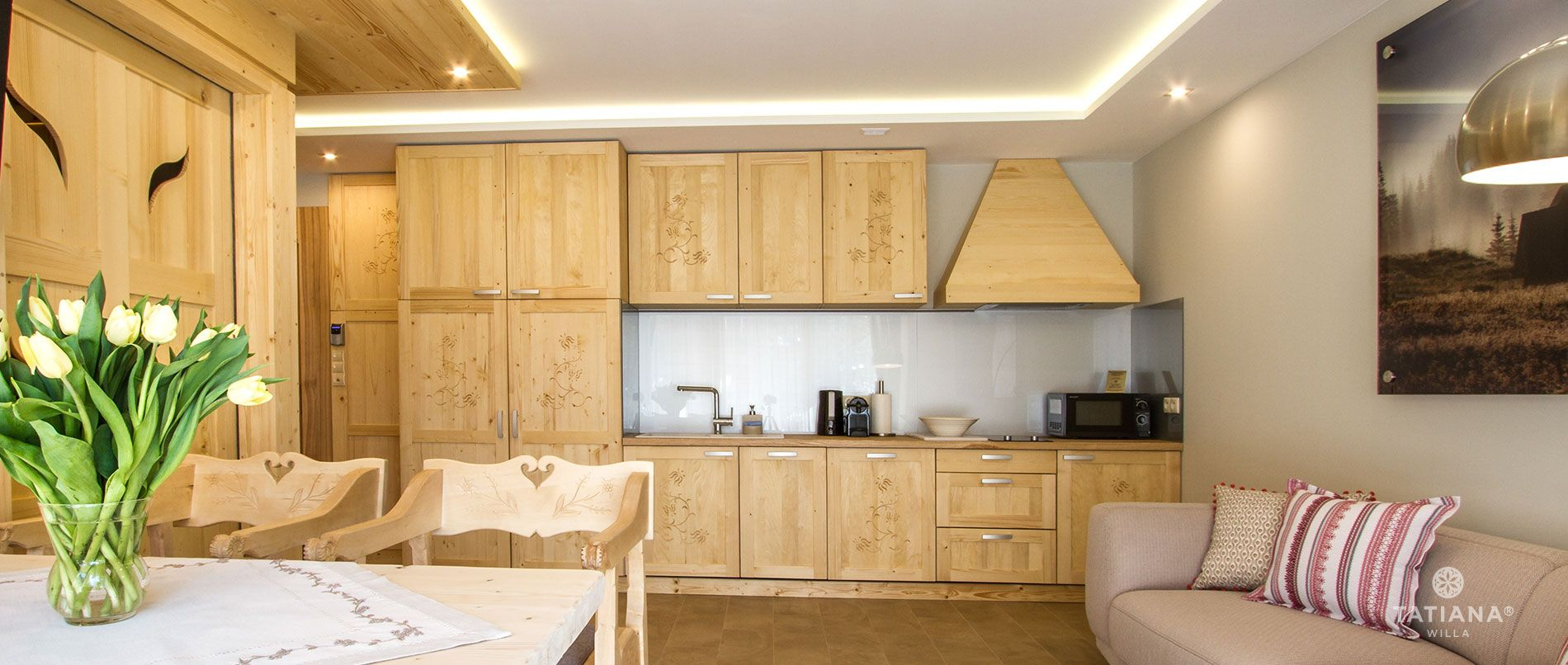 Pine Apartment - kitchenette