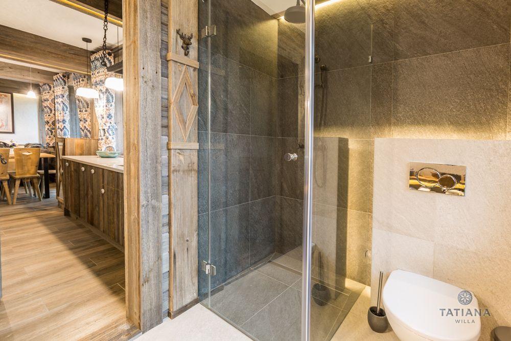 Apartament Syberyjski Willa Tatiana folk łazienka z kamienia