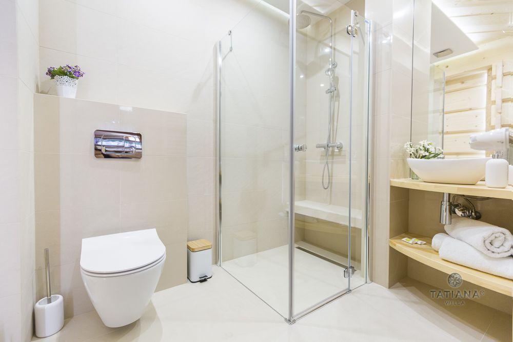 Apartament 1 Tatiana Premium Zakopane łazienka z akcentem drewnianym