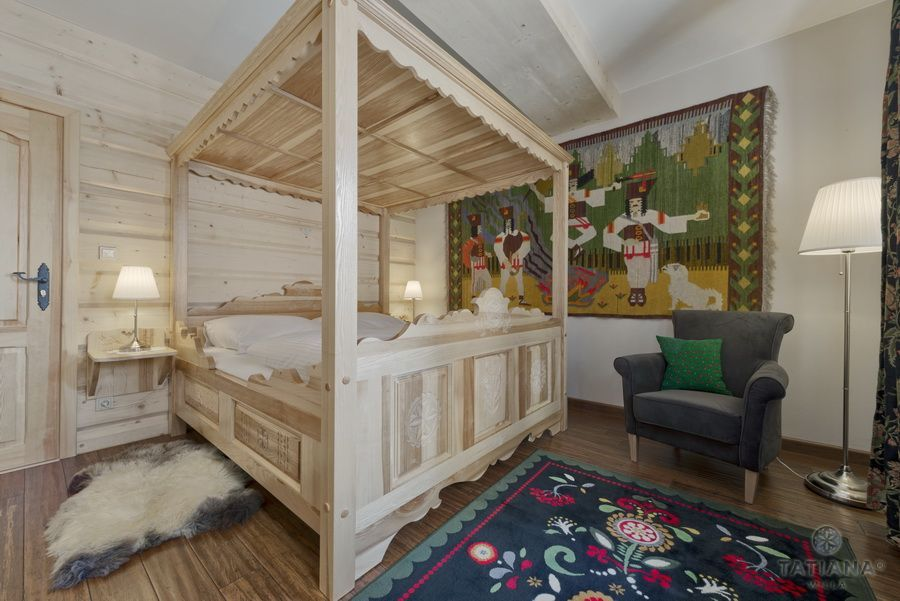Apartament 11 Willa Tatiana II Zakopane sypialnia w stylu góralskim
