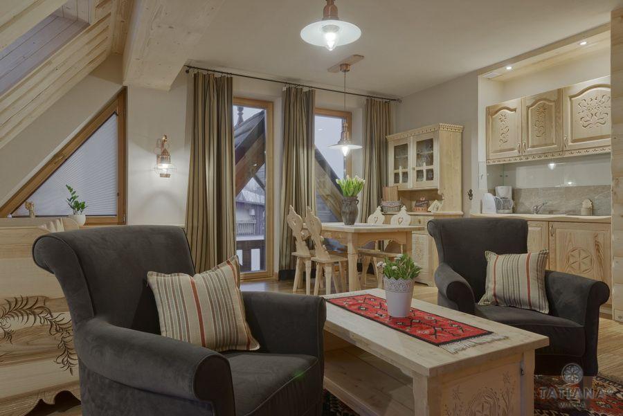 Apartament 16 Willa Tatiana lux Zakopane drewniany salon