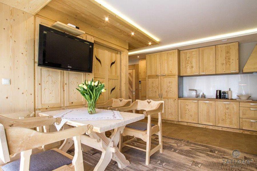 Apartament Sosnowy Willa Tatiana boutique drewniana kuchnia